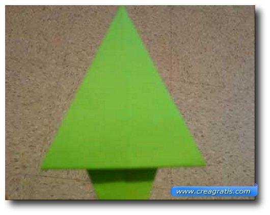 Istruzioni per creare un abete di carta