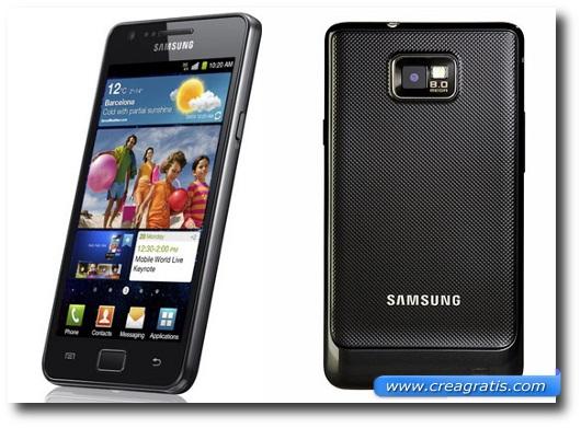 Immagine di uno smartphone Samsung Galaxy SII del 2011