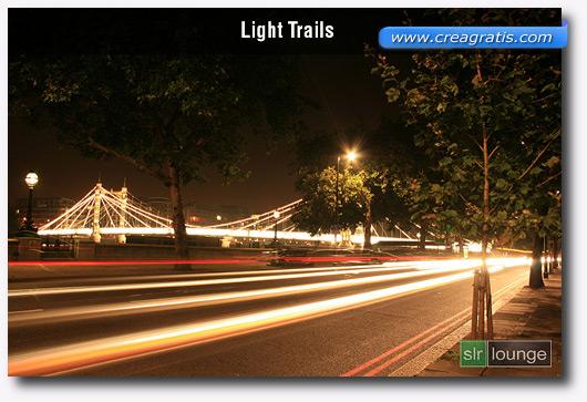Foto di percorsi di luce con l'effetto Motion Blur