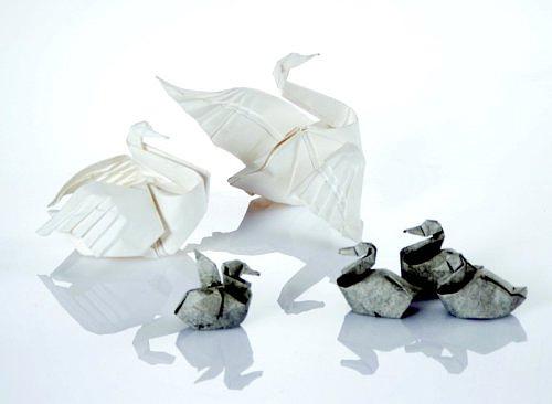 Immagine dell'origami Il lago dei cigni