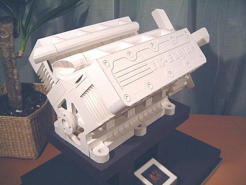 Immagine dell'origami Un motore... ecologico