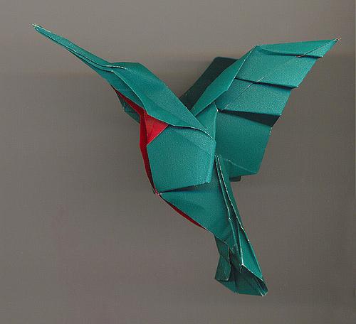 Immagine dell'origami Il colibrì