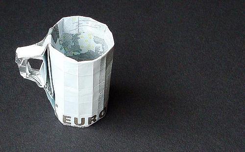 Immagine dell'origami Una tazza di tè