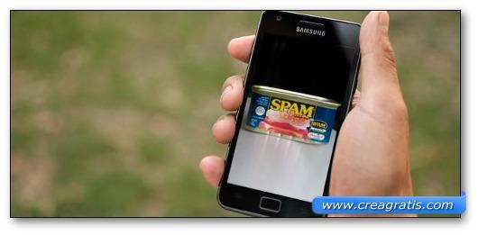 Immagine di uno smartphone Samsung con Android