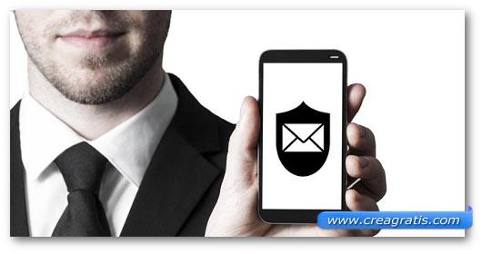 Schermata di uno smartphone protetto da un antivirus
