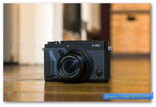 Fotocamera compatta Fujifilm X30