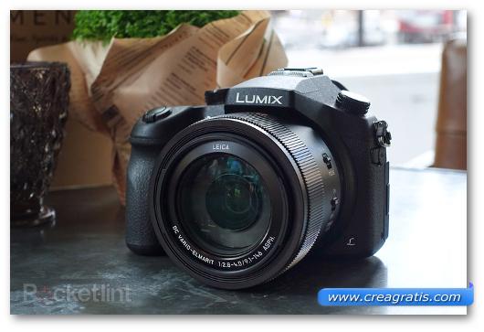 Fotocamera compatta Panasonic Lumix FZ1000