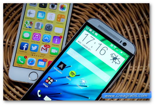 Smartphone HTC Android e iPhone a confronto