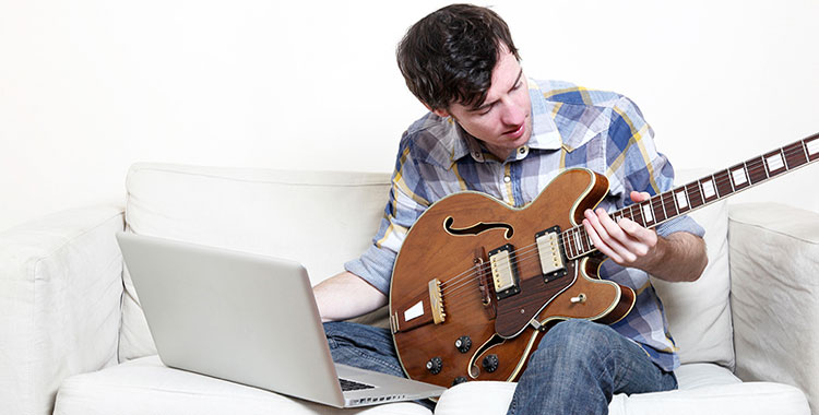 Programmi per imparare a suonare la chitarra con Windows 10