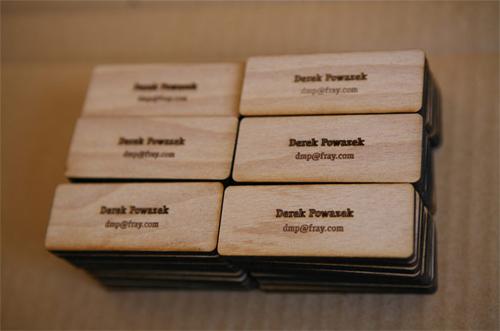 25 Modelli di Biglietti da Visita in Legno Molto Creativi - minimal wood derek
