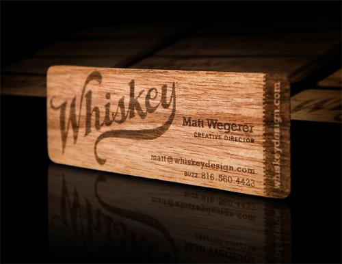 25 Modelli di Biglietti da Visita in Legno Molto Creativi - whiskey design