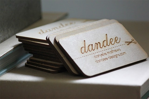 25 Modelli di Biglietti da Visita in Legno Molto Creativi - wooden dandee